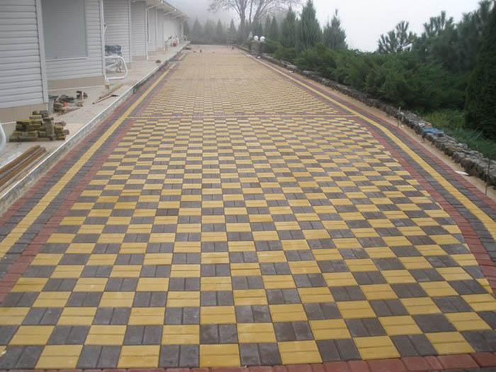 Дизайн тротуарной плитки двух цветов